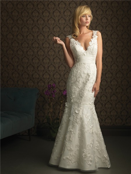 Sexy mermaid v neck backless lace wedding dress empire for Lace v neck backless wedding dress