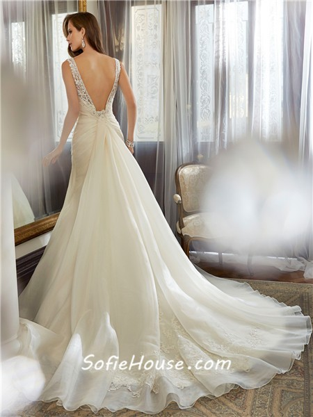 Low V Back Wedding Dresses : Neckline low back ruched organza lace beaded corset wedding dress