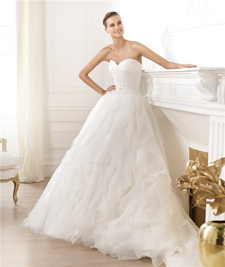 A-line Sweetheart Ruffle Wedding Dress