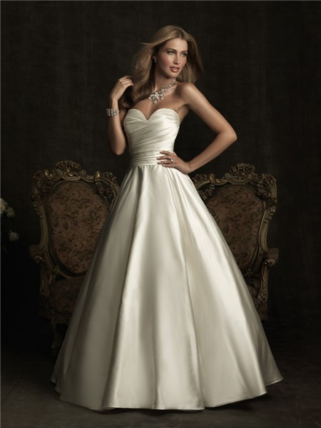 A Line Sweetheart Satin Ruched Wedding Dress With Bow Buttons