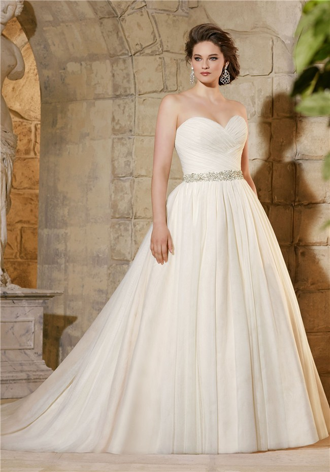 f3004ad86285 Simple A Line Sweetheart Tulle Ruched Plus Size Wedding Dress Crystals Belt