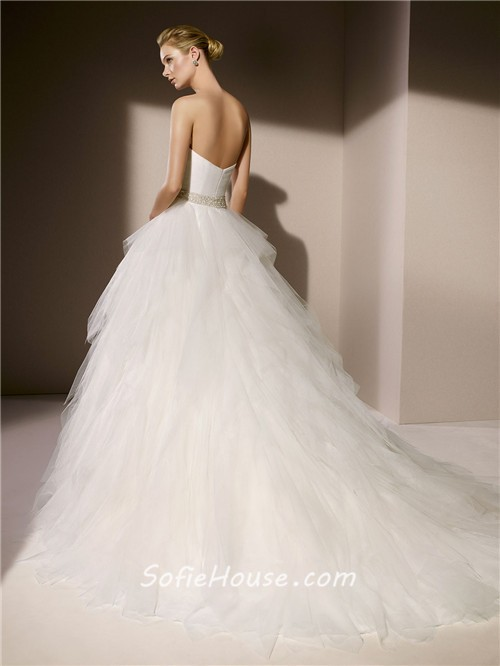 Simple ball gown strapless sweetheart layered tulle for Tulle layered wedding dress