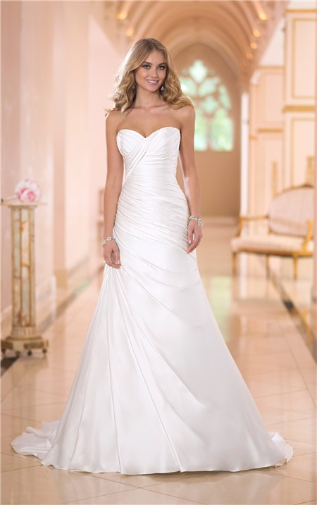 Simple fitted mermaid sweetheart ruched satin corset for Satin sweetheart mermaid wedding dress