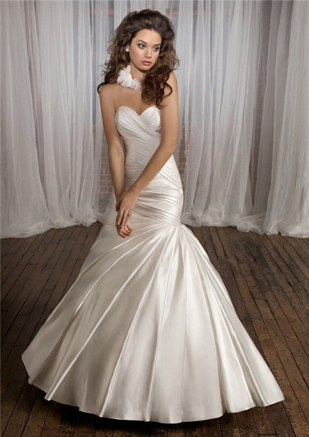 Simple fitted mermaid sweetheart ruched satin wedding for Satin sweetheart mermaid wedding dress