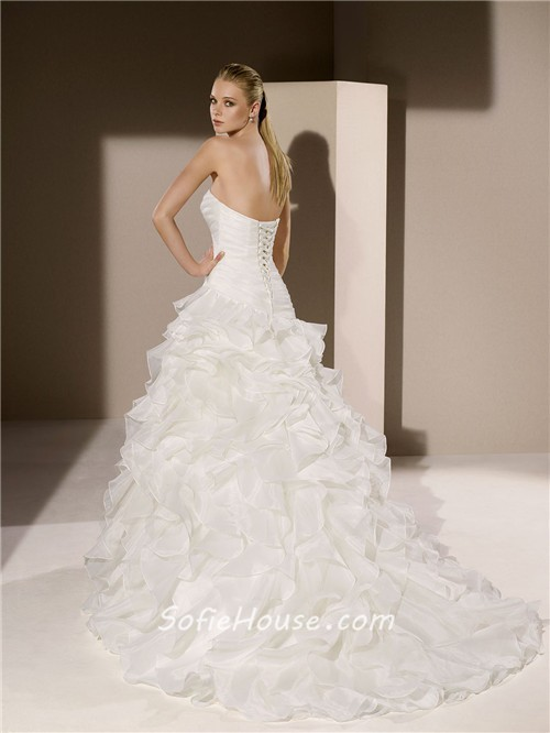 Simple romantic ball gown strapless sweetheart organza for Simple corset wedding dresses