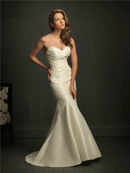 Slim fitted mermaid sweetheart ivory taffeta lace wedding for Taffeta mermaid wedding dress