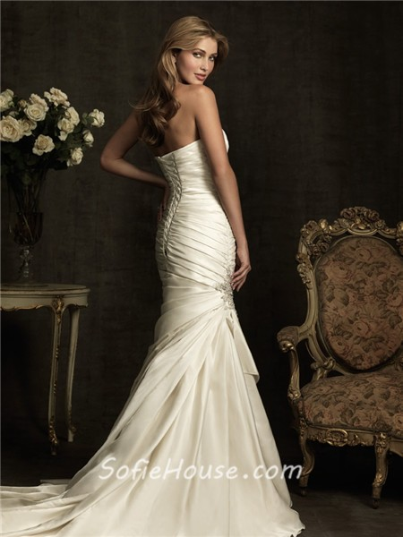 Stunning mermaid sweetheart ivory cream satin ruched for White corset wedding dress