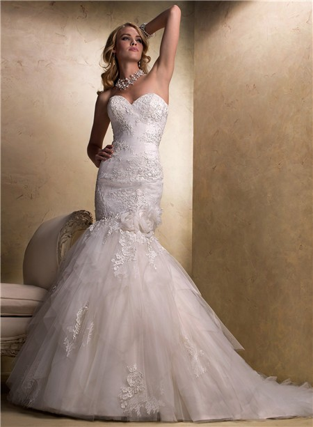 Stunning mermaid sweetheart lace tulle wedding dress with for Sweetheart corset wedding dress