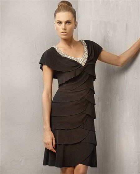Sheath Cap Sleeve V Neck Short Black Tiered Cocktail Evening Dress