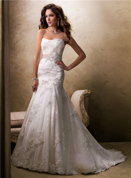 traditional a line princess strapless lace wedding dress