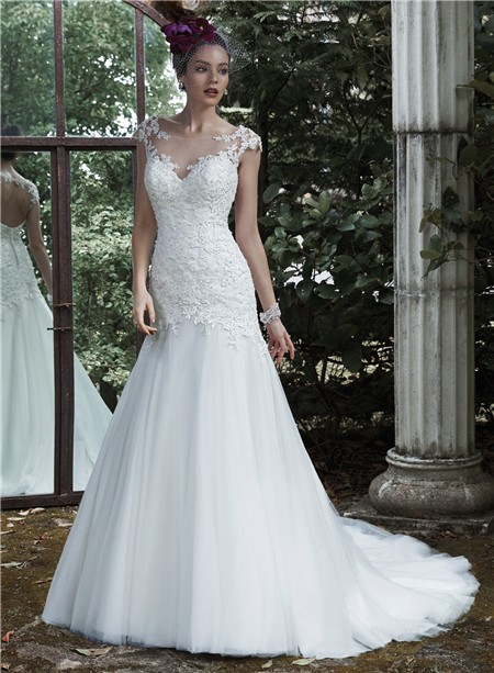 Trumpet illusion neckline cap sleeve keyhole open back for Fitted lace wedding dress with open back