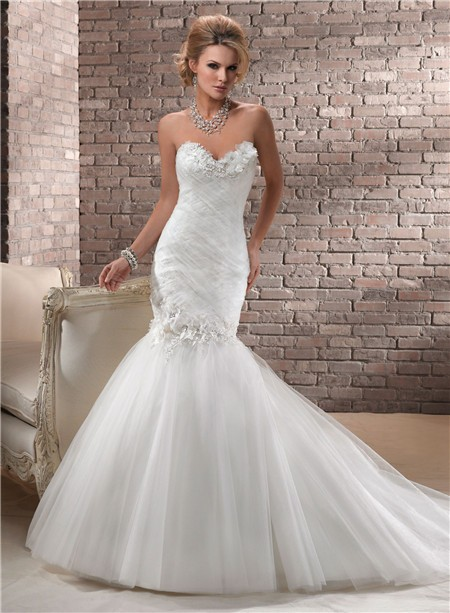 Trumpet Mermaid Sweetheart Corset Back Tulle Wedding Dress With Flowers