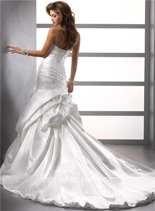Trumpet mermaid sweetheart satin wedding dress with pick for Trumpet skirt wedding dress