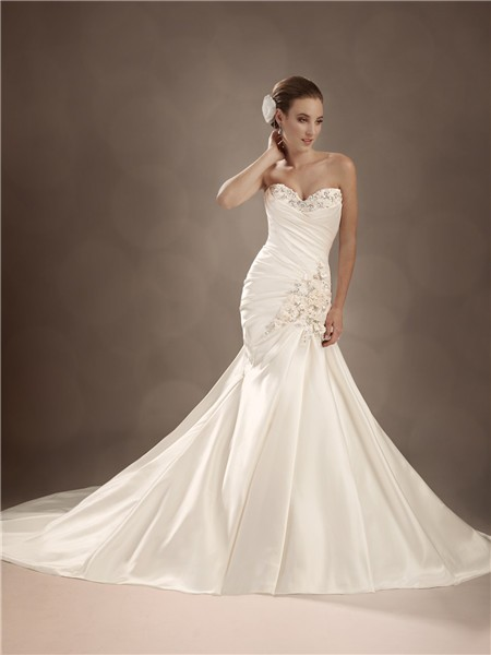 Trumpet mermaid sweetheart chapel train satin wedding gown for Mermaid wedding dress with train