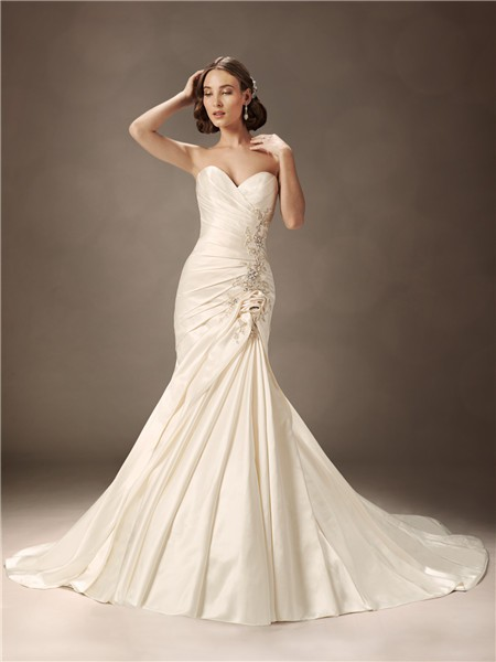 Trumpet mermaid sweetheart court train ivory satin wedding for Satin sweetheart mermaid wedding dress