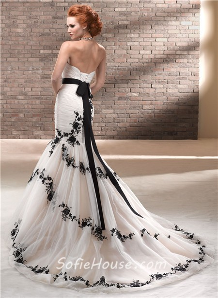Unique Trumpet/ Mermaid Strapless Champagne Black Lace Wedding Dress ...