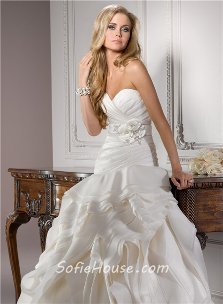 Unusual Ball Gown Sweetheart Structured Ivory Organza Couture ...