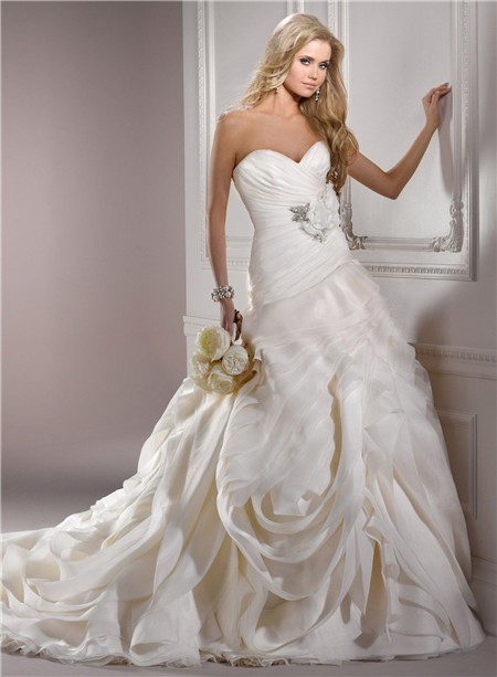 Ball Gown Sweetheart Structured Ivory Organza Couture Wedding ...