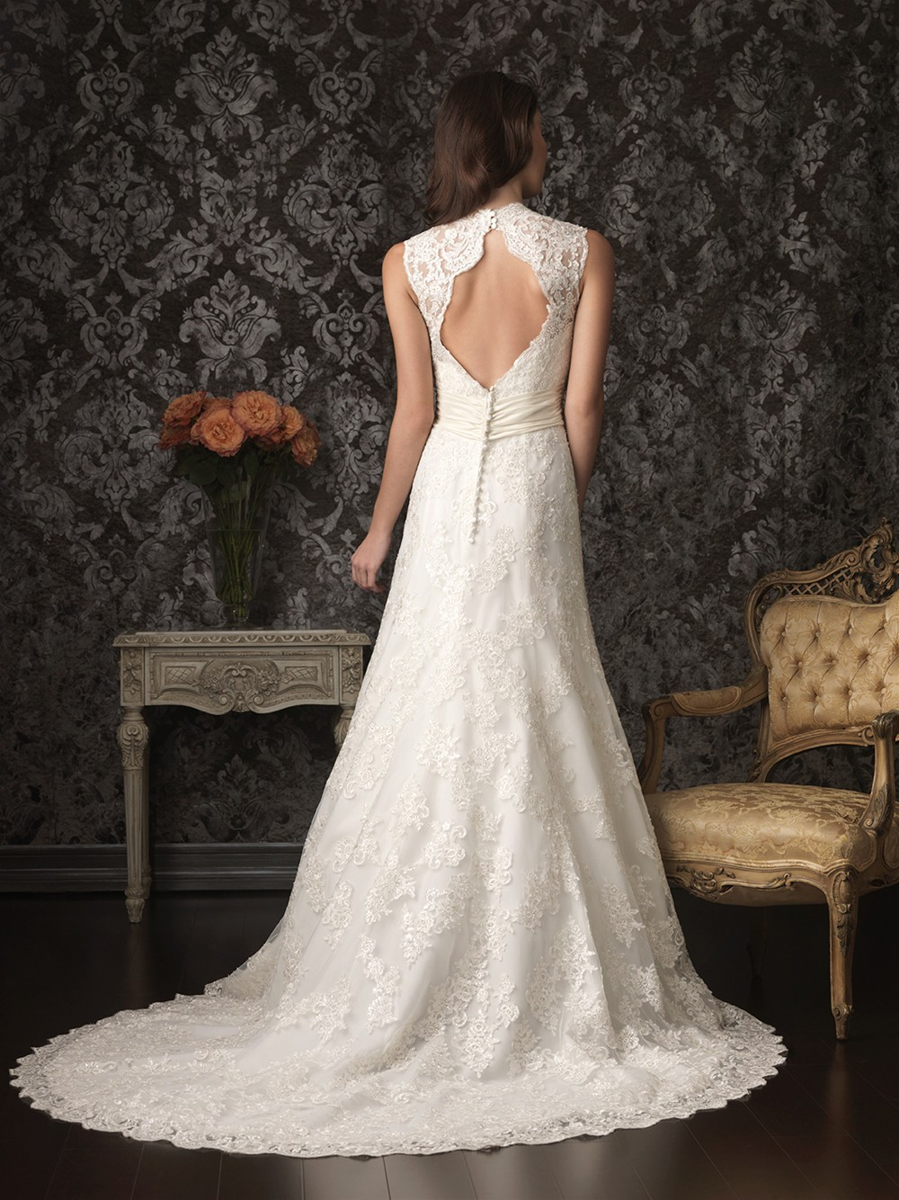 A line scalloped v neck keyhole lace wedding dress open back for A line lace open back wedding dress