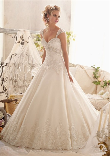 Ball gown sweetheart empire tulle lace crystal wedding for Sweetheart wedding dress with straps