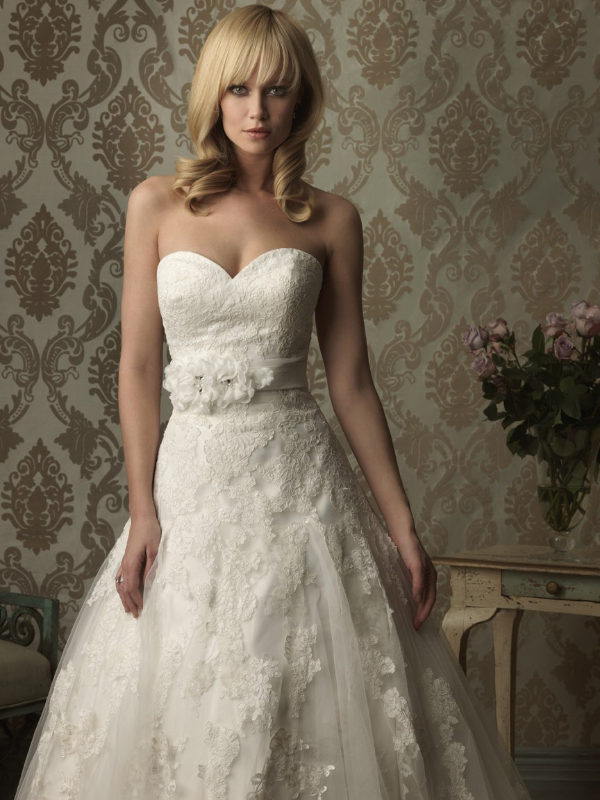 Romantic a line sweetheart tulle lace wedding dress with for A line sweetheart tulle wedding dress