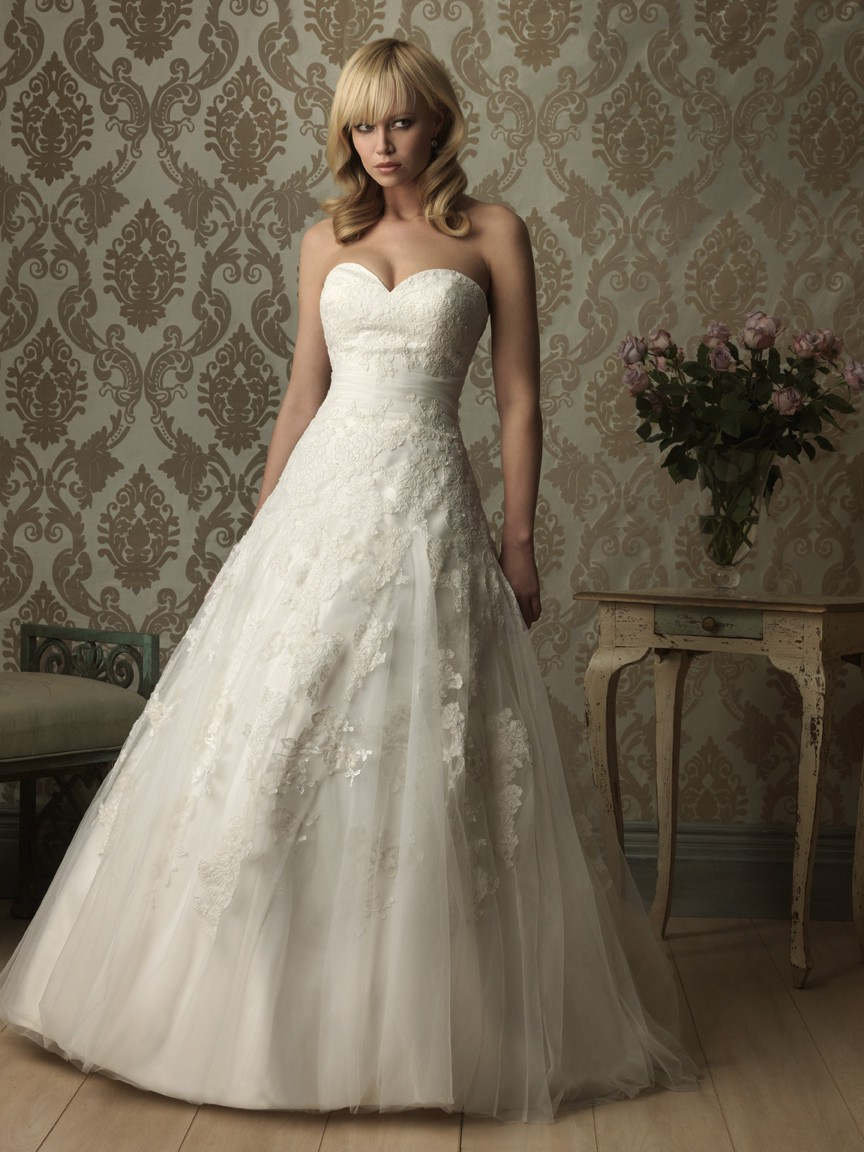 romantic a line sweetheart tulle lace wedding dress with