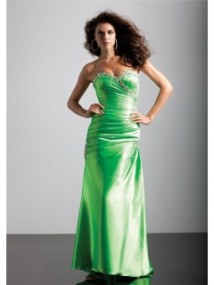 A-Line/Princess sweetheart long green silk prom dress with beading and pleated