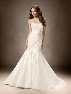 Trumpet/Mermaid sweetheart chapel train crystals beaded wedding dress
