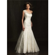Elegant Fitted Mermaid One Shoulder Lace Beaded Wedding Dress With Buttons