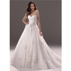 Romantic Ball Gown Sweetheart Lace Tulle Wedding Dress With Flowers Ruching