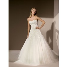 Traditional Ball Gown Sweetheart Neckline Tulle Lace Beaded Wedding Dress