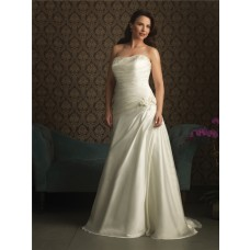Trumpet/ Mermaid strapless court train wedding dresses for plus size brides