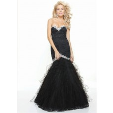Trumpet/Mermaid sweetheart long black prom dress with beading
