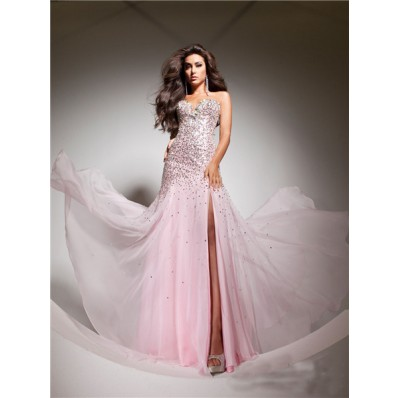 Elegant Sweetheart Pink Beaded Chiffon Flowy Prom Dress With Slit