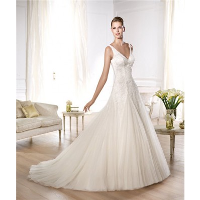 Fitted A Line V Neck Back Tulle Lace Appliques Draped Wedding Dress