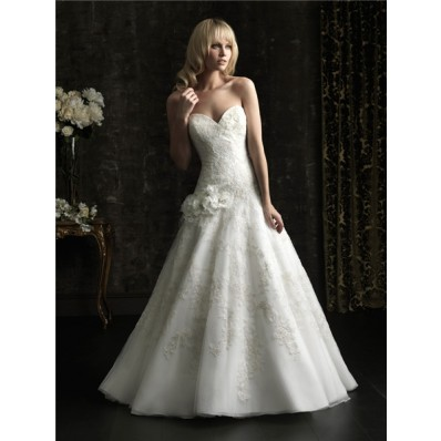 Fitted Ball Gown Sweetheart Lace Applique Flowers Wedding Dress With Train