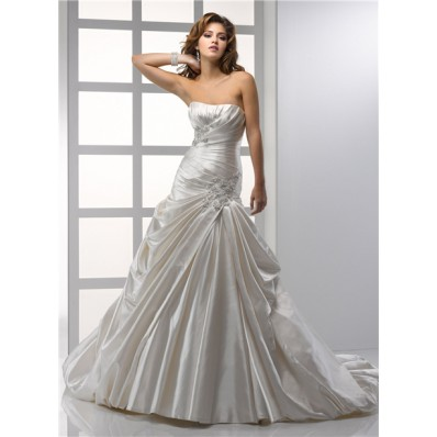 Royal A line Princess Strapless Ivory Satin Wedding Dress With Applique Beading Pick Up Skirt