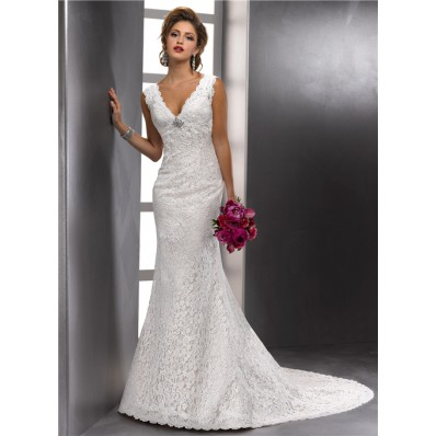 Sexy Mermaid Scalloped Deep V Neck Vintage Lace Empire Wedding Dress With Low Back Buttons
