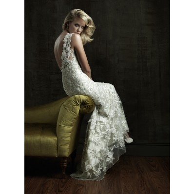 Sexy Sheath V Neck Beaded Lace Destination Wedding Dress With Low Back