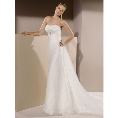 Slim Fitted Strapless Lace Beaded Crystal Wedding Dress With Detachable Tulle Train