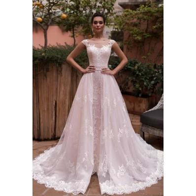 Stunning Vintage Lace Wedding Dress Illusion Neckline