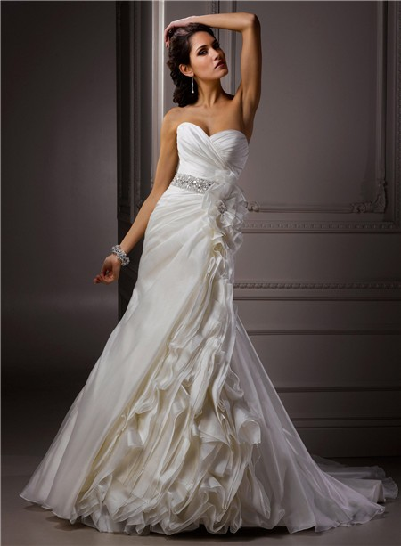 A Line Sweetheart Corset Back Ivory Structured Organza