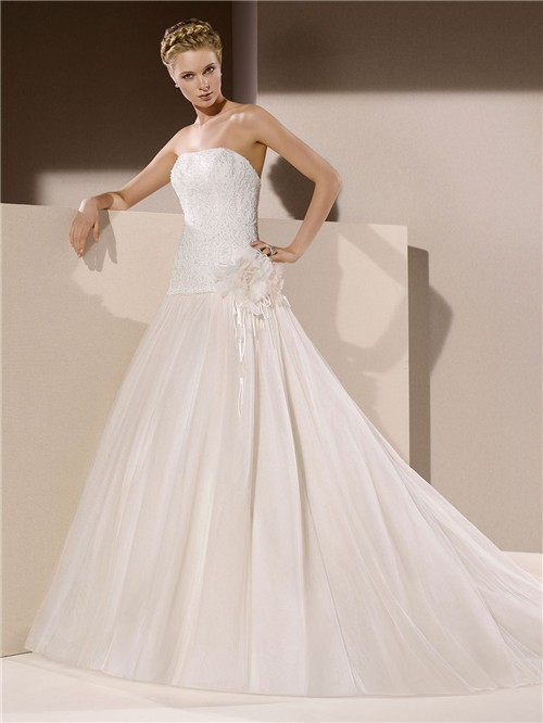 Ball Gown Strapless Drop Waist Low Back Tulle Lace Beaded