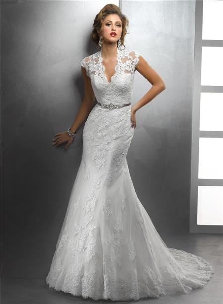 Elegant Mermaid Spaghetti Straps Lace V Neck Ivory Wedding