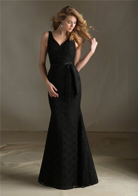 Elegant Mermaid V Neck Long Black Lace Wedding Guest