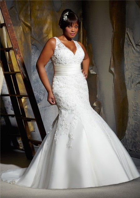 Sexy Mermaid V Neck Organza Lace Beaded Plus Size Wedding