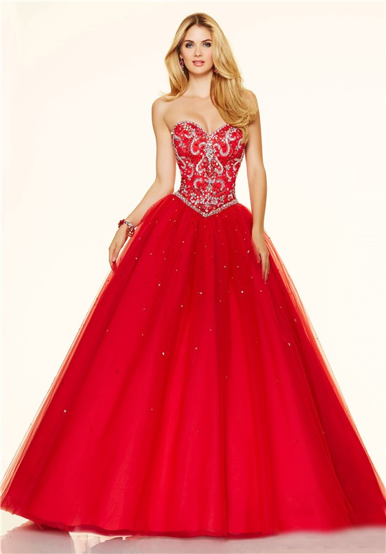 Stunning Ball Gown Strapless Corset Red Tulle Beaded Prom