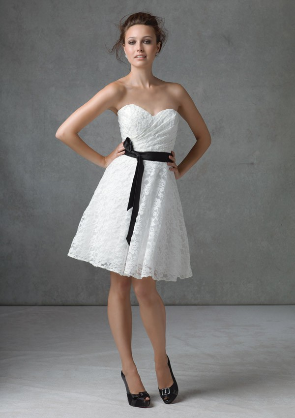 A Line Strapless Knee Length White Lace Dress With Sash