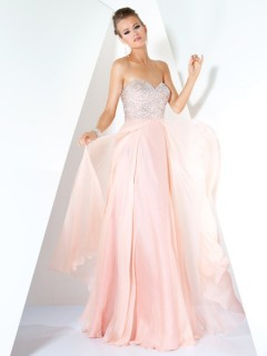 A Line Princess Sweetheart Long Pink Chiffon Beaded Evening Wear Dress