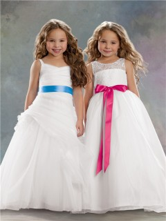 A-line Princess Scoop Floor Length White Organza Lace Flower Girl Dress With Sash Bow